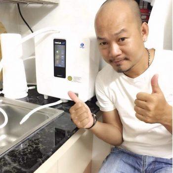 diễn viên long đẹp trai sử dụng máy lọc nước kangen